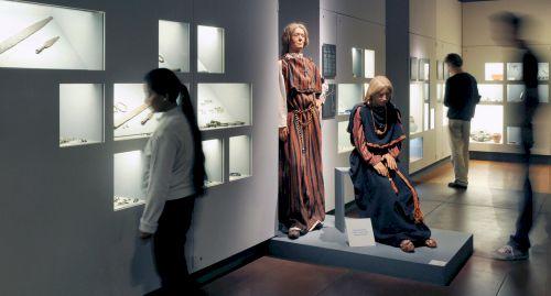 blogpic_stone_ age_bern_hist_museum